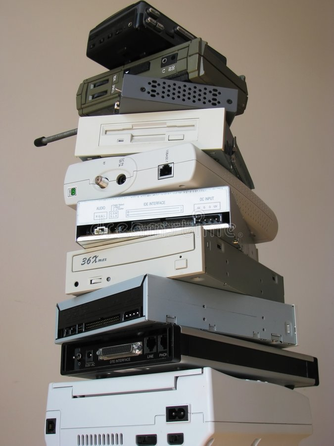 gammal elektronik arkivfoton