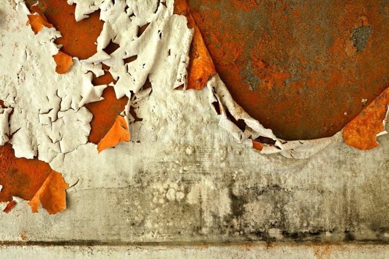 Gammal förstörd vägg arkivfoto