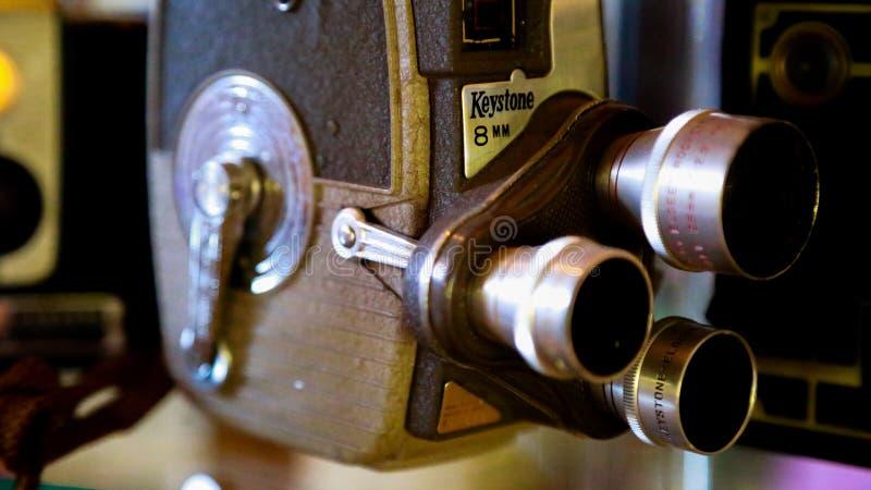 Gammal filmkamera 8mm arkivbild