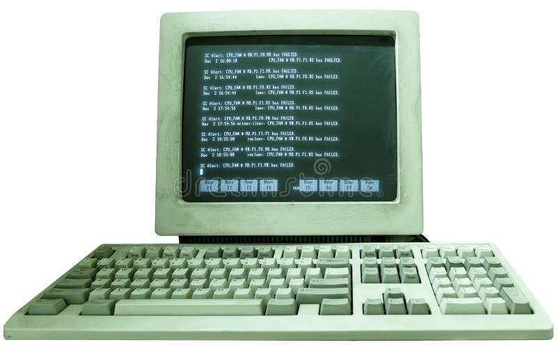 Gammal funktionsduglig dator för tappning med texten på bildskärmisolaten på vit bakgrund royaltyfri fotografi