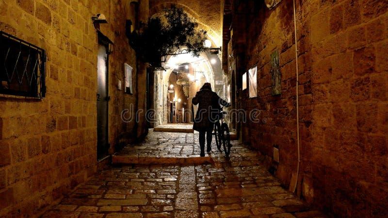gammal gata fotografering för bildbyråer