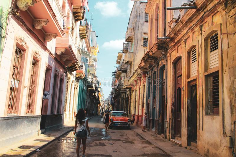 Gammal gata av havannacigarren i Kuban, Caribbeans arkivbilder