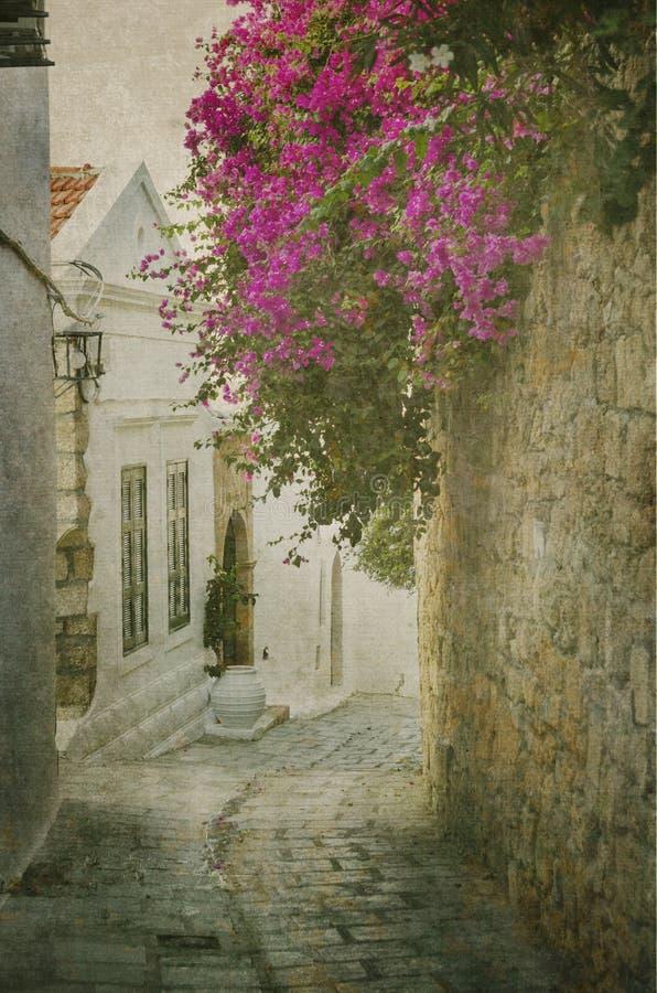 Gammal gata i Rhodes royaltyfri fotografi