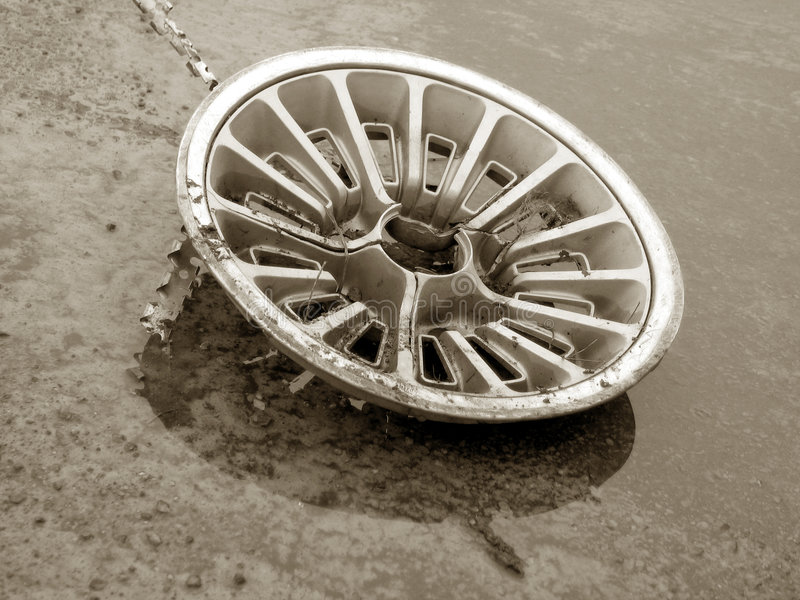gammal hubcap royaltyfri bild