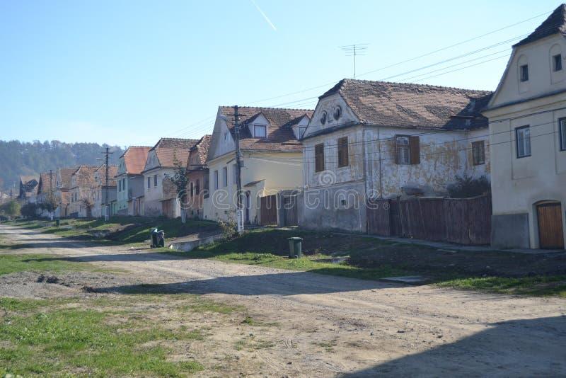 Gammal by i Transylvania arkivfoton