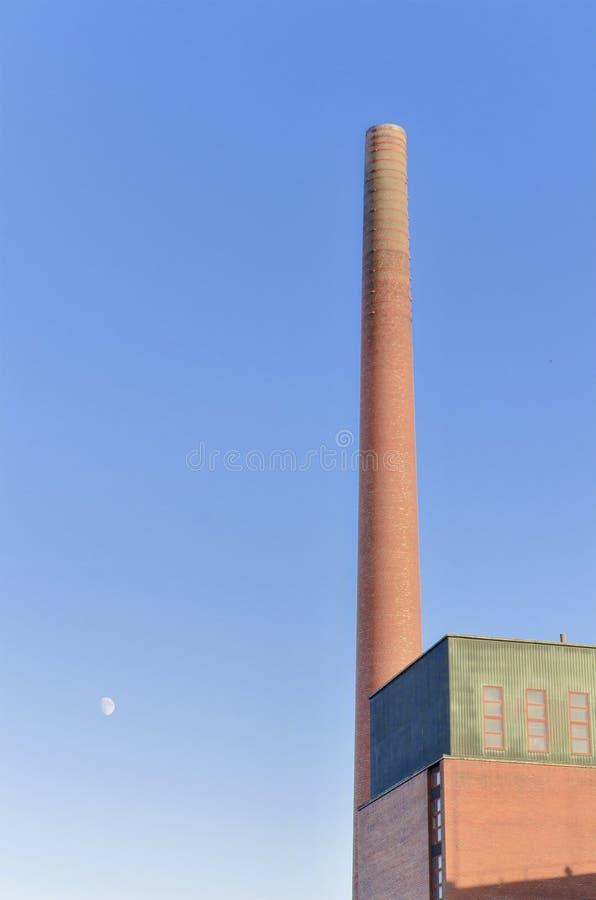 Gammal industriell tegelstenlampglas royaltyfria bilder