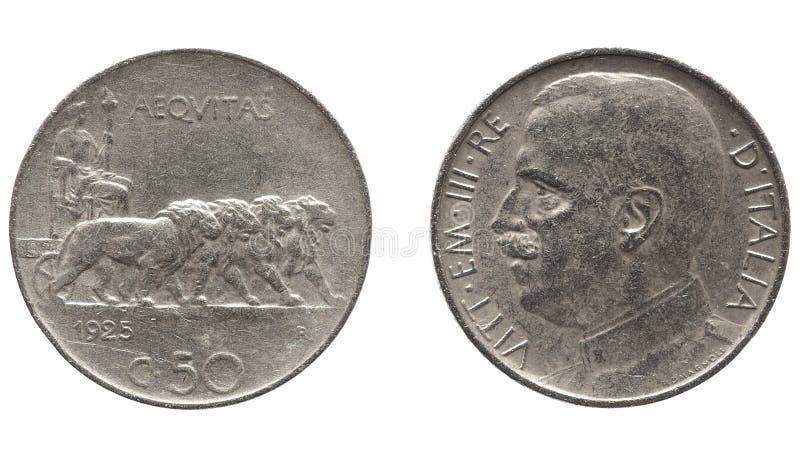 Gammal italiensk Lira med den Vittorio Emanuele III konungen som isoleras över vit arkivfoto