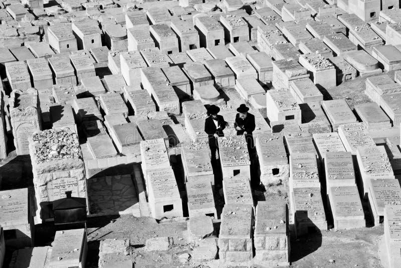 Gammal juish kyrkogård, Jerusalem, Israel royaltyfria foton