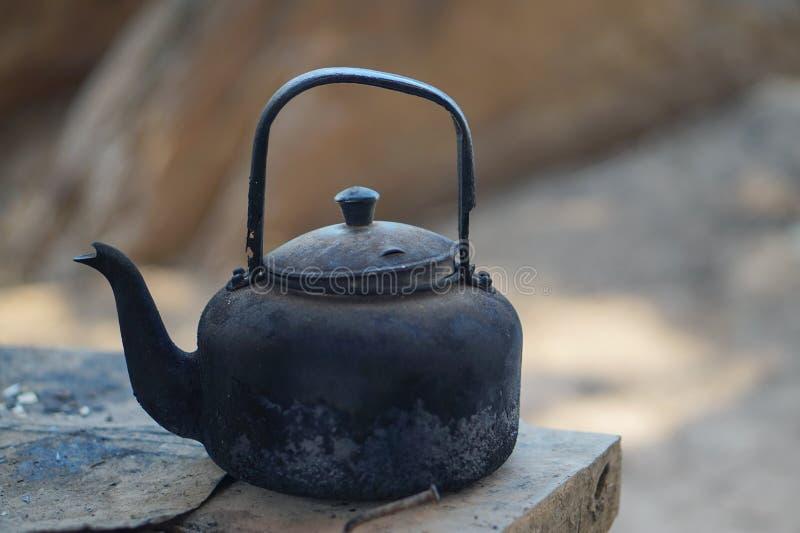 gammal kettle arkivbilder