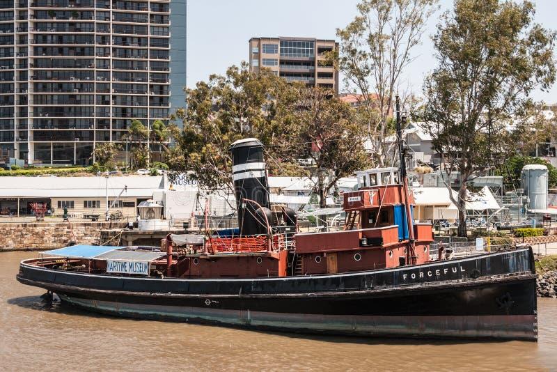 Gammal kraftfull ångbåt på det maritima museet, Brisbane Australien royaltyfria foton
