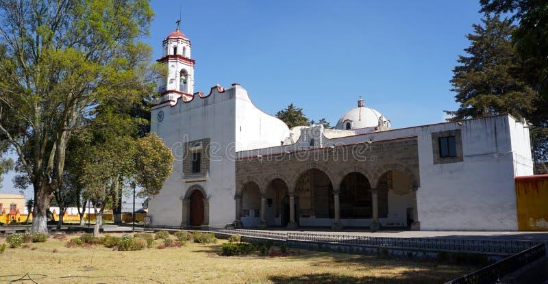 Download Gammal Kyrka I Zinacantepec Mexiko Arkivfoto - Bild av trees, kloster: 106837074