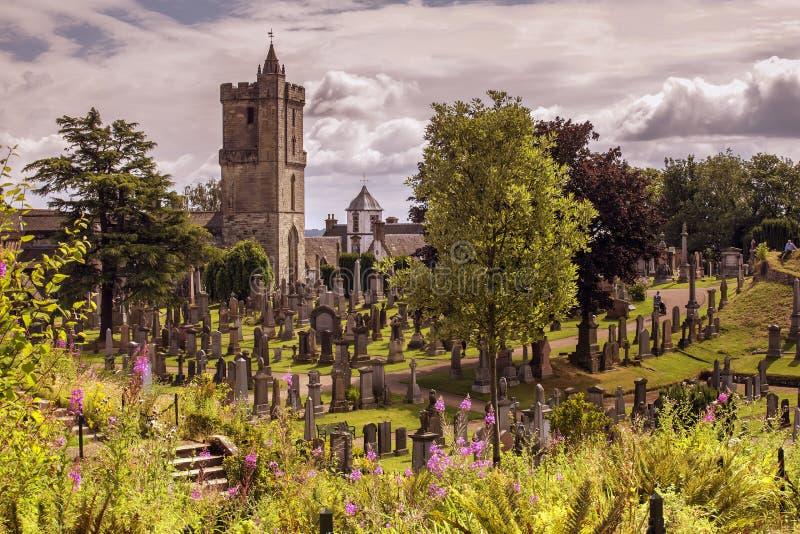 Gammal kyrka på en solig dag royaltyfria bilder