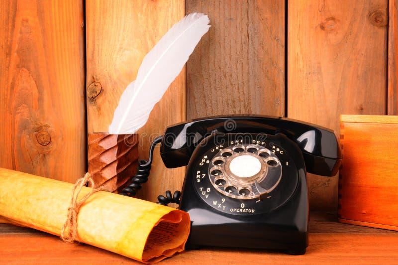 gammal livstid telephone fortfarande fotografering för bildbyråer