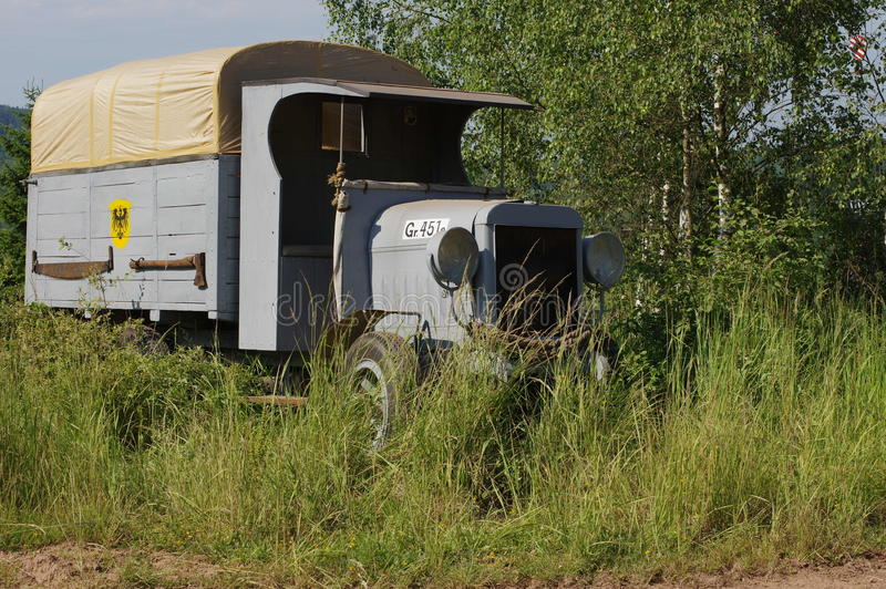 Gammal lorry royaltyfri bild