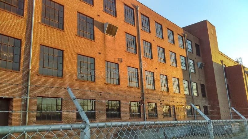 Gammal möblemangfabrik arkivbild