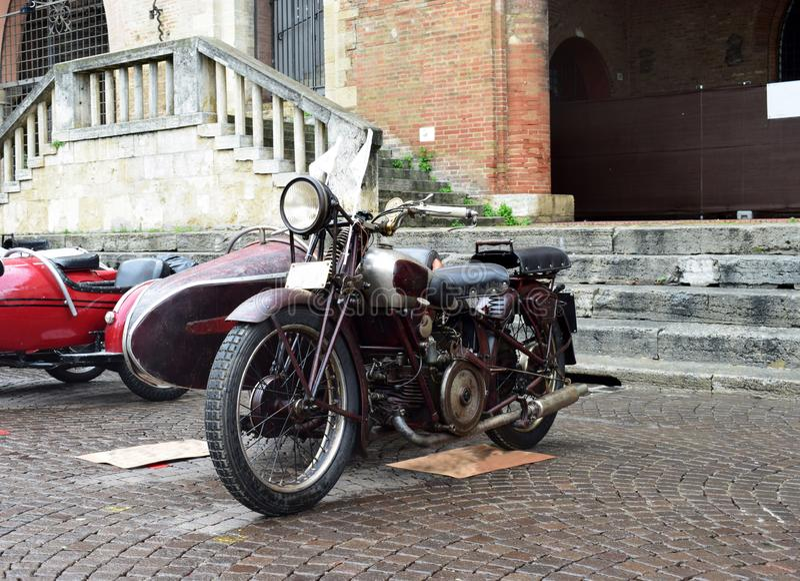Gammal mopedutställning, Rimini, Italien arkivfoton