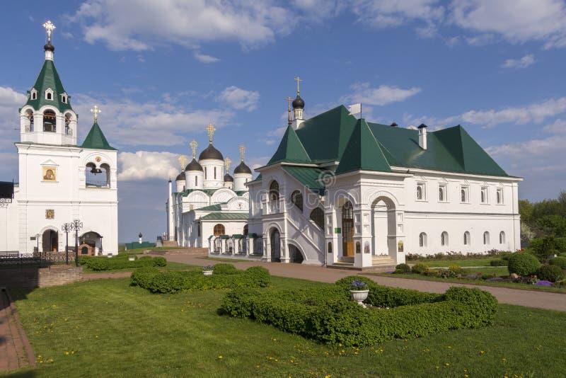 Gammal Murom Spaso-Preobrazhensky kloster i sommar Ryssland royaltyfri foto
