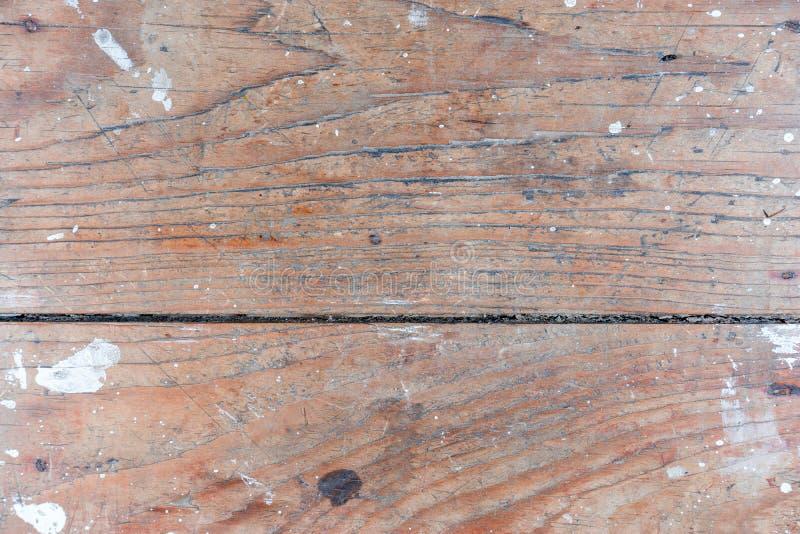 Gammal naturlig grunge texturerad wood bakgrund Ridit ut trä med vit målarfärg för design royaltyfria foton