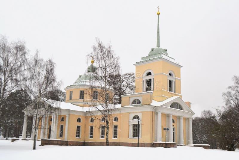Gammal ortodox kyrka i Kotka royaltyfria foton