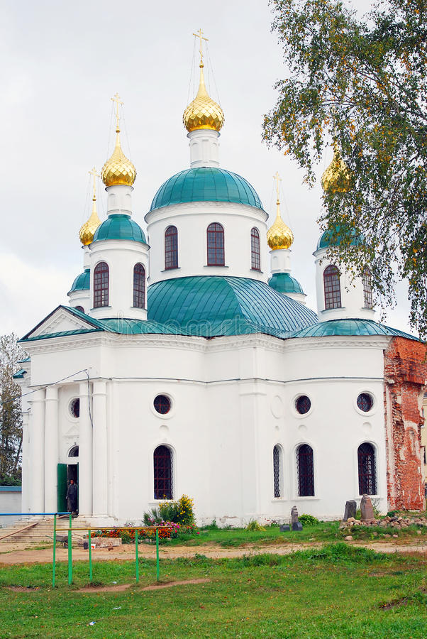 Gammal ortodox kyrka i Uglich, Ryssland royaltyfri bild