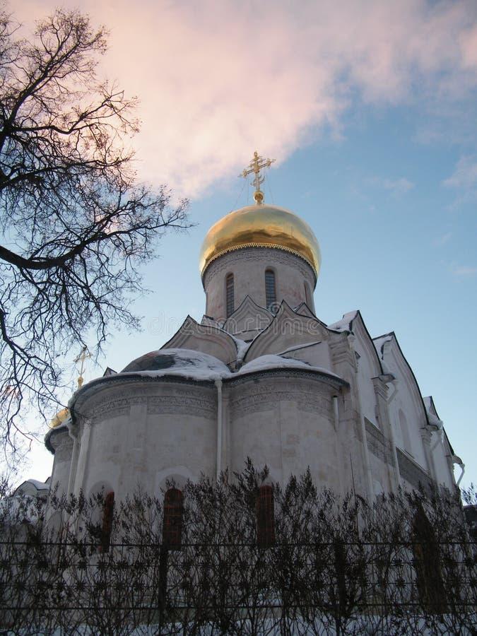 Gammal ortodox kyrka nära Moskva fotografering för bildbyråer
