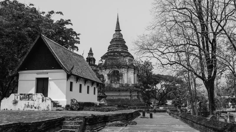 Gammal pagod på Wat Chet Yod, tempel för sju pagod i Chiang Mai, Thailand Wat Chet Yod var platsen av det buddistiska rådet för d royaltyfri fotografi