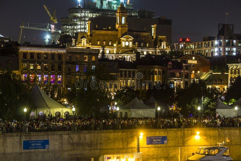 Gammal port i Montreal på natten på den Kanada dagen royaltyfri bild