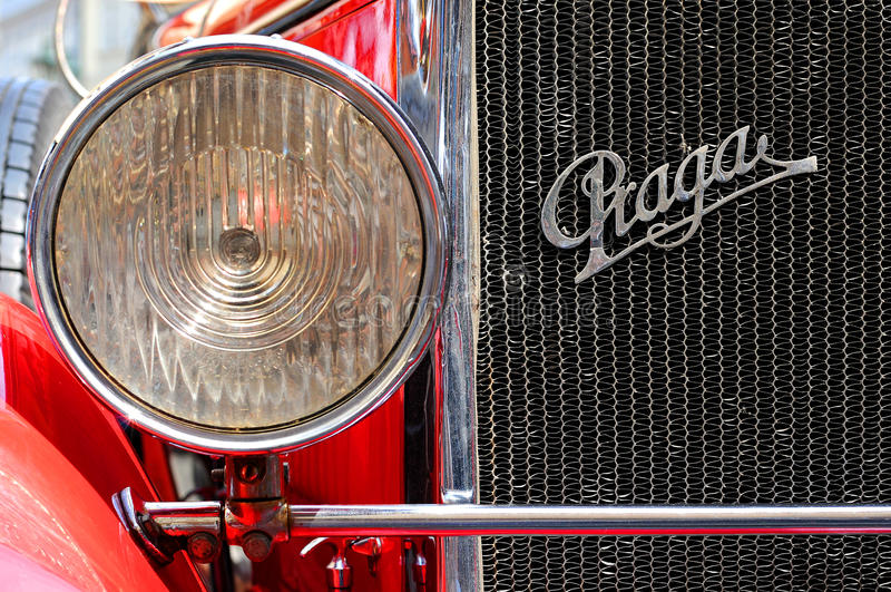 gammal pragatidmätare för bil royaltyfria bilder