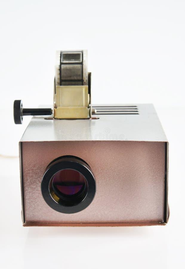 Gammal projektor för att visa av glidbanor royaltyfri bild