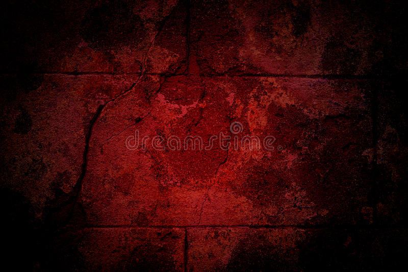 Gammal röd craked vägg royaltyfria foton