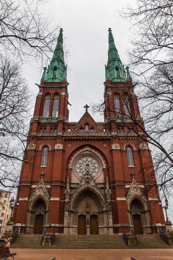 Gammal röd tegelsten Johannes Church i Helsingfors, Finland royaltyfria foton