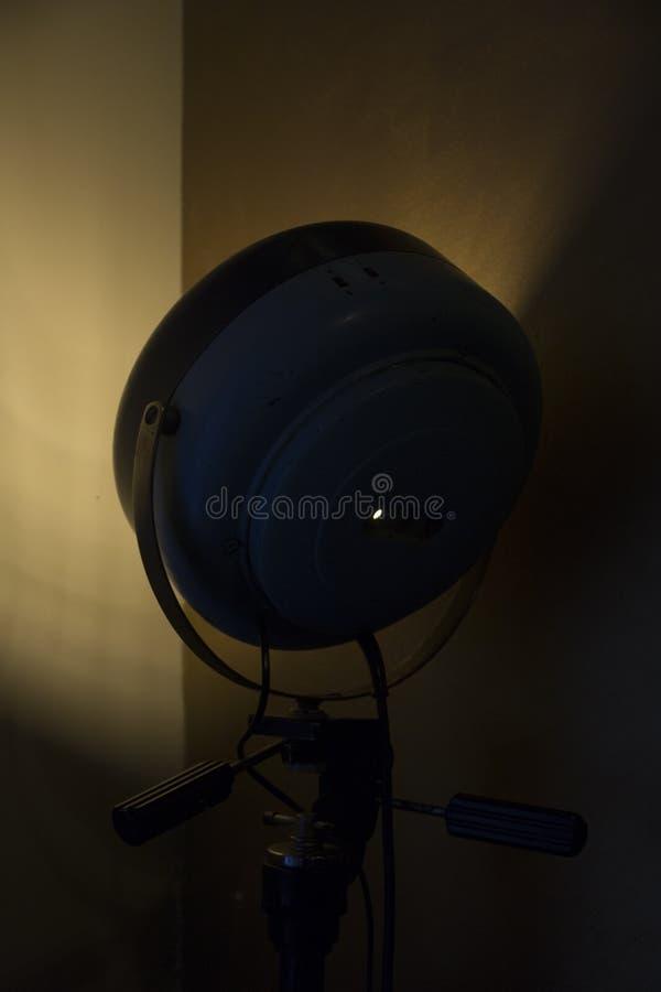 Gammal reflektor för filmetappfläck arkivbild