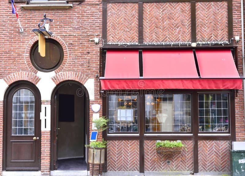 Gammal restaurang eller bar royaltyfria bilder