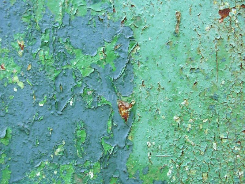 Gammal rostig metall med blått målar bakgrund tre fotografering för bildbyråer