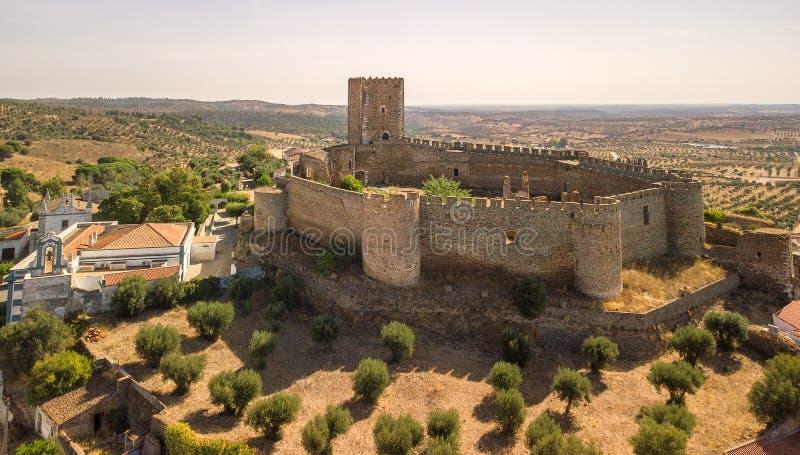 Gammal slott av Portel, Alentejo region, Portugal royaltyfria bilder