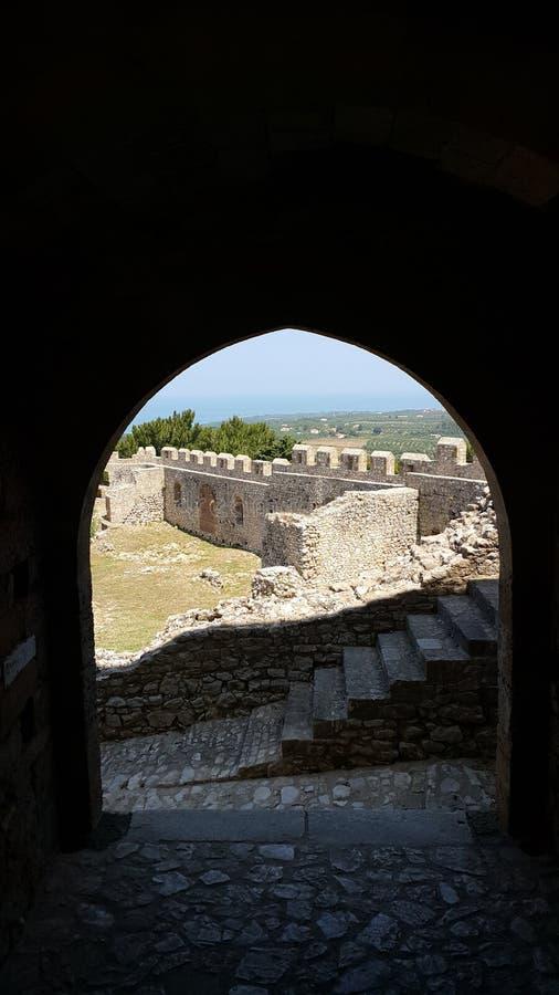 Gammal slott i Grekland arkivbild