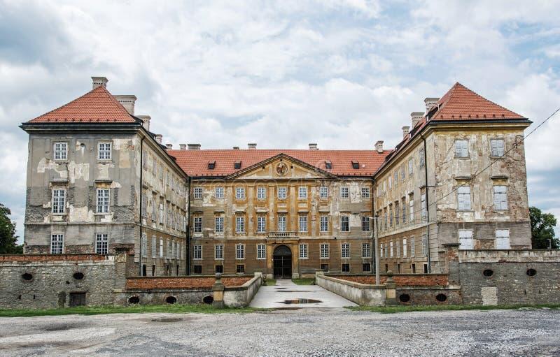 Gammal slott i Holic, Slovakien, kulturarv royaltyfria bilder