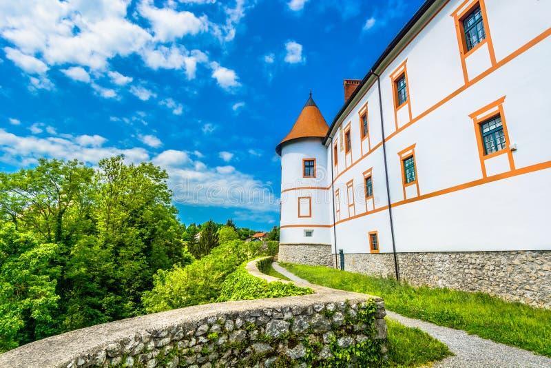 Gammal slott i Kroatien, Ozalj stad arkivbild