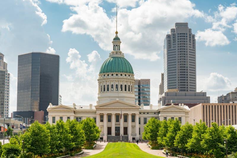 Gammal St Louis County Courthouse royaltyfria foton