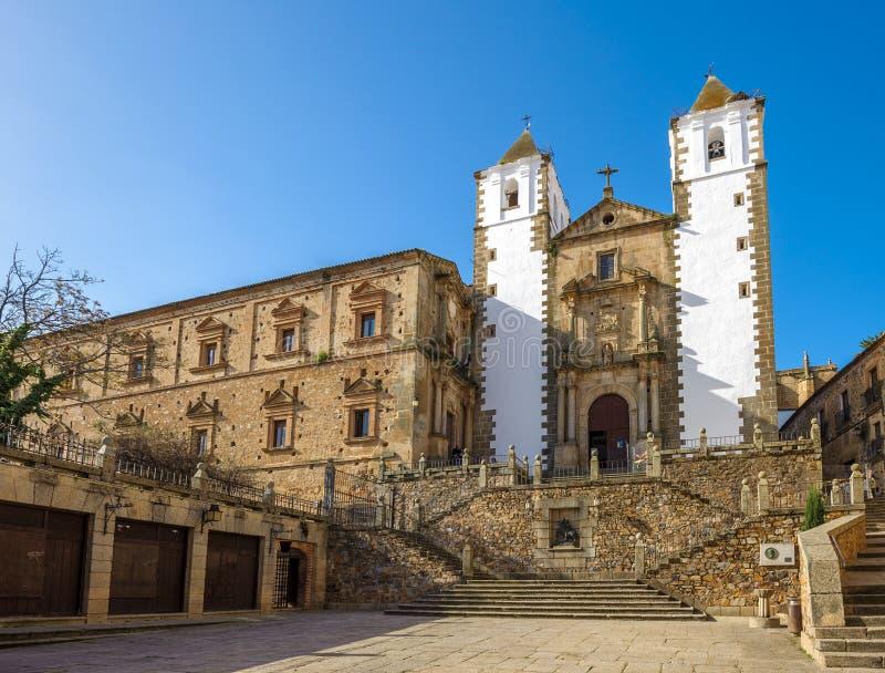 Gammal stad av Caceres, Spanien royaltyfria bilder