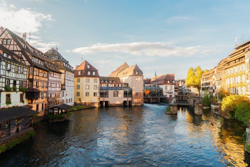 Gammal stad av Strasbourg, Frankrike royaltyfria bilder