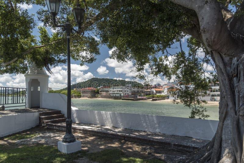 Gammal stad Panama City Panama från plazaen de Francais arkivbild