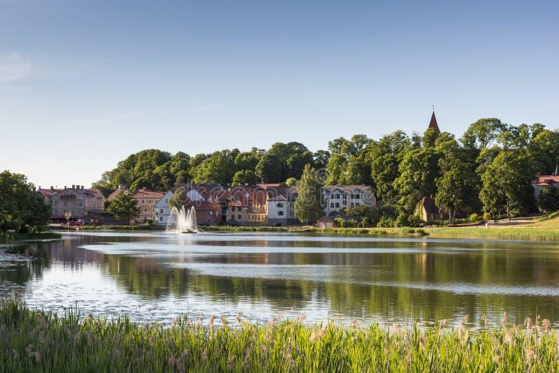 Gammal stad Talsi i Lettland arkivfoton