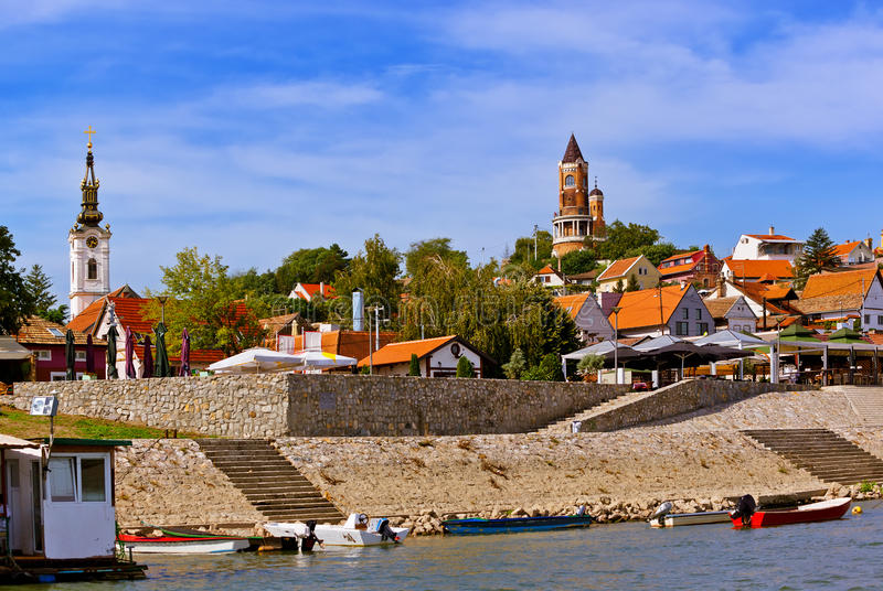 Gammal stad Zemun - Belgrade Serbien royaltyfria foton