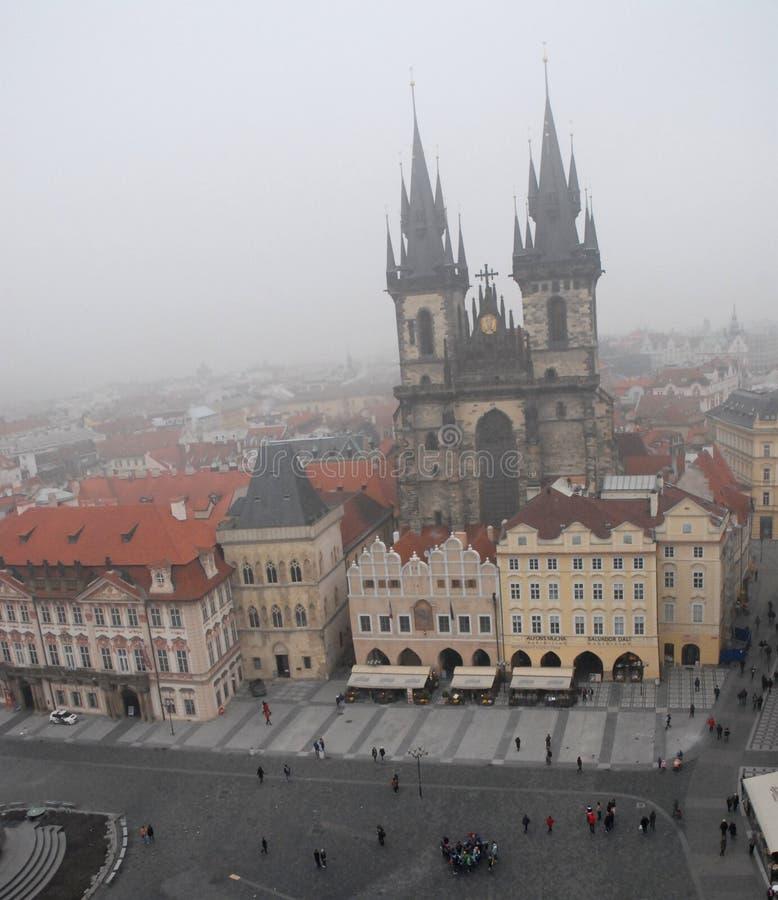 Gammal stadfyrkant eller klocka i Prague i Tjeckien arkivfoto