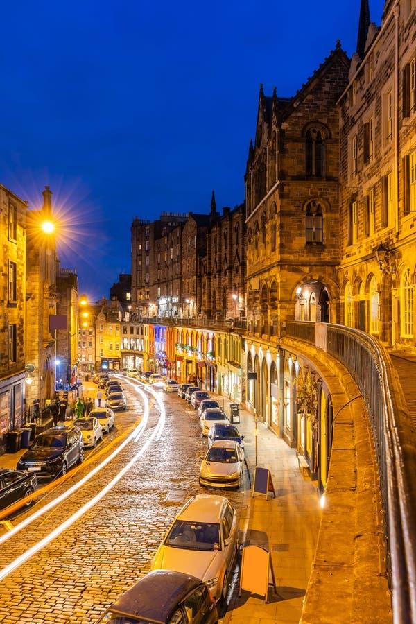 Gammal stadsolnedg?ng f?r Edinburg fotografering för bildbyråer