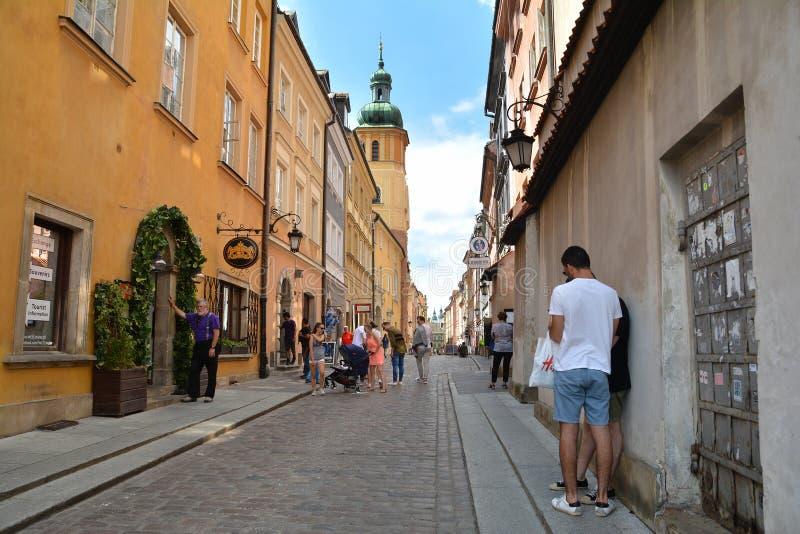 Gammal stadstirrande Miasto av Warszawa royaltyfri foto