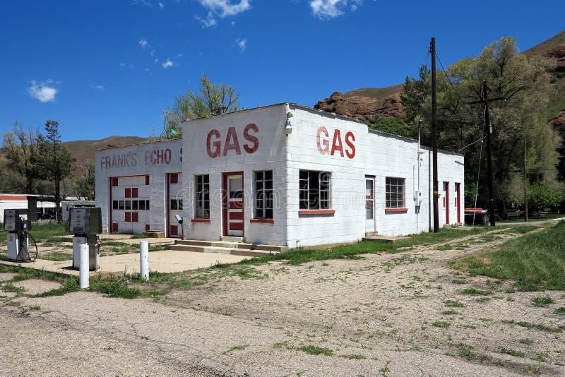 gammal station för gas royaltyfri bild