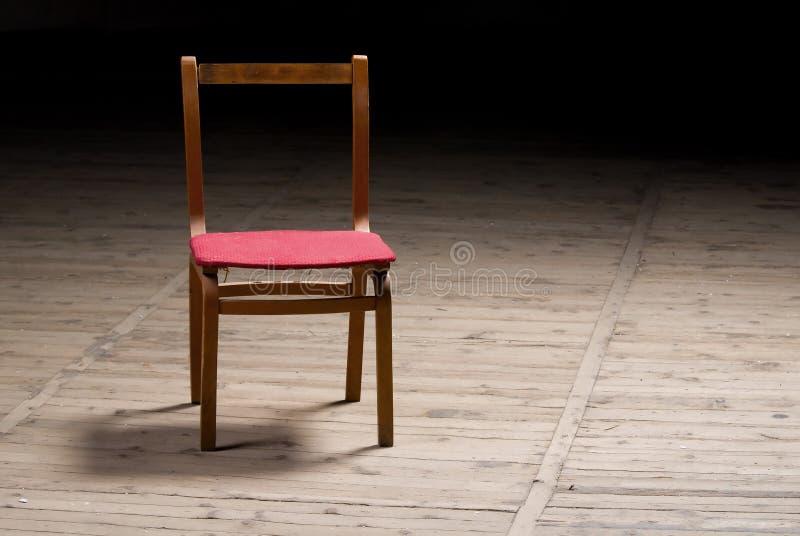 gammal stol royaltyfria bilder