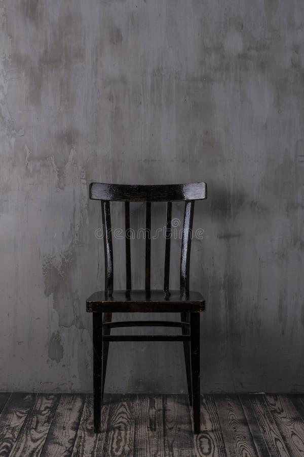 gammal stol royaltyfri bild